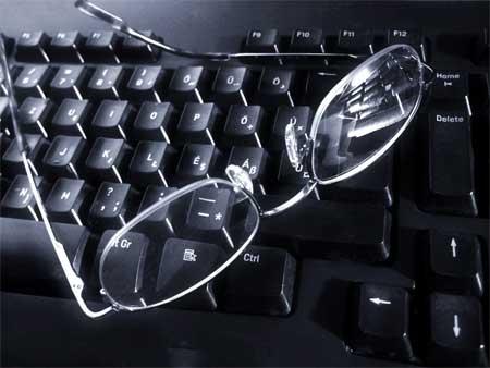 teclado-y-gafas